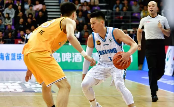 Jeremy Lin scores 40 points in China debut