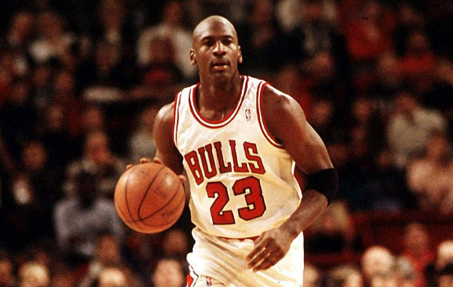 Chicago Bulls: Michael Jordan Dropped 52 Points After Drinking 10 Beers