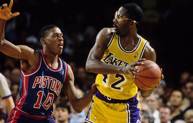 James Worthy Made The 2nd Quarter After Being Released From Jail