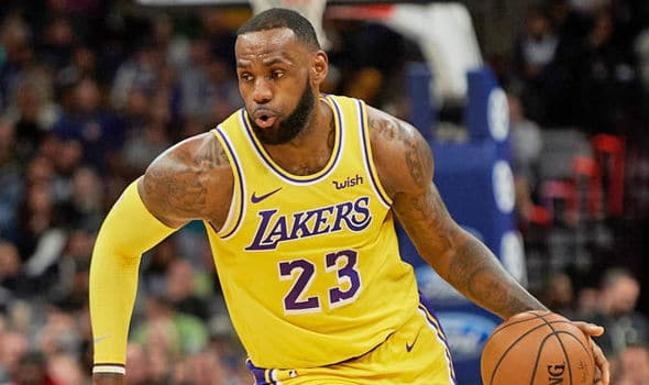Los Angeles Lakers: LeBron James Breaks Record For Most Turnovers
