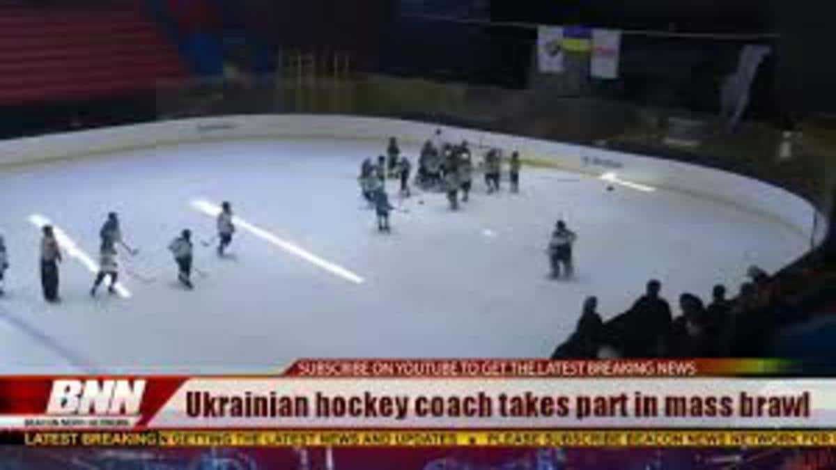 Russian Hockey Coach Starts Beating 11-Year Old Players