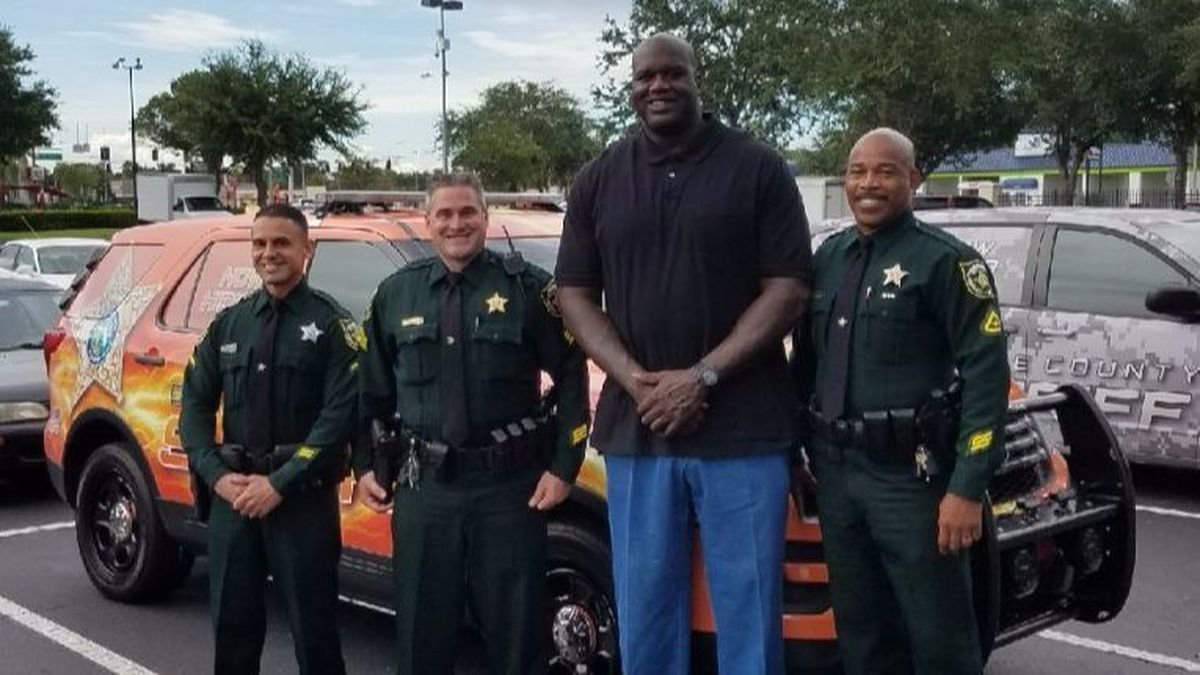 Shaquille O'Neal Once Impersonated Police To Make Darius Miles Late For Practice